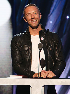 Chris Martin Without Wedding Ring in First Post-Split Public Appearance