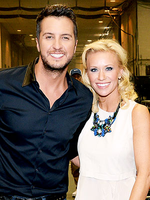 Luke Bryan Loses to Justin Moore in Desert Archery Showdown