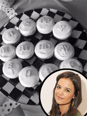 Suri Cruise Birthday: Kate Holmes Tweets Pic of Cupcake Greeting