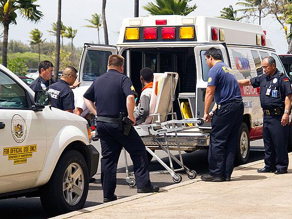 16-Year-Old Stowaway Hides in Hawaiian Airlines Wheel Well