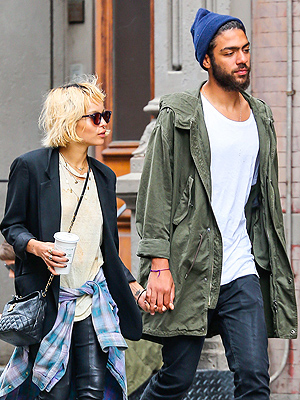 Zoe Kravitz and Noah Becker Stroll Hand-in-Hand
