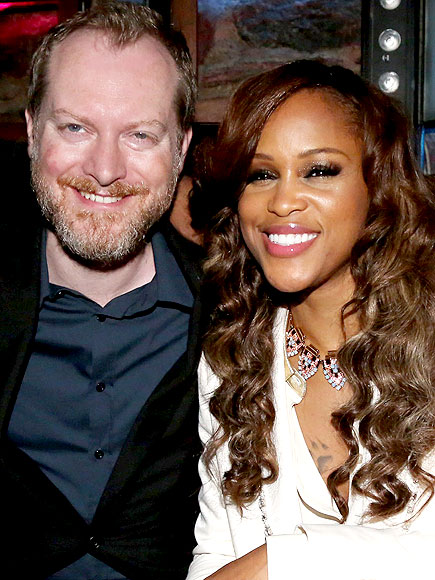Eve Marries Maximillion Cooper in Spain
