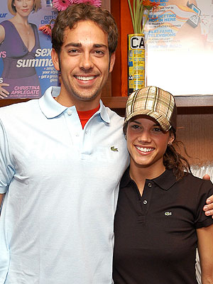Zachary Levi Marries Missy Peregrym