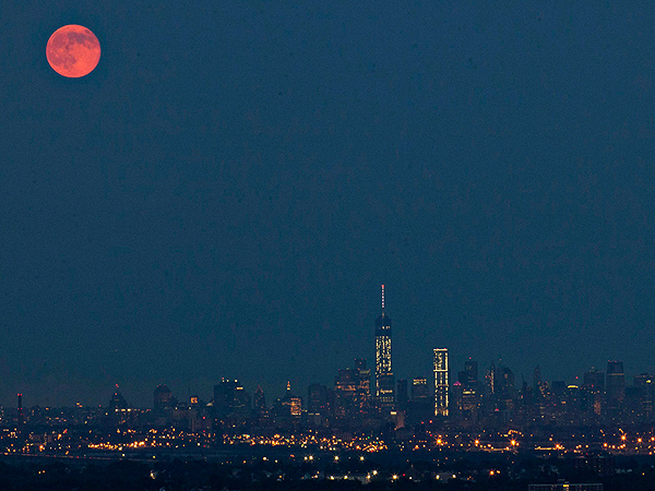 Supermoon Summer 2014: Pictures