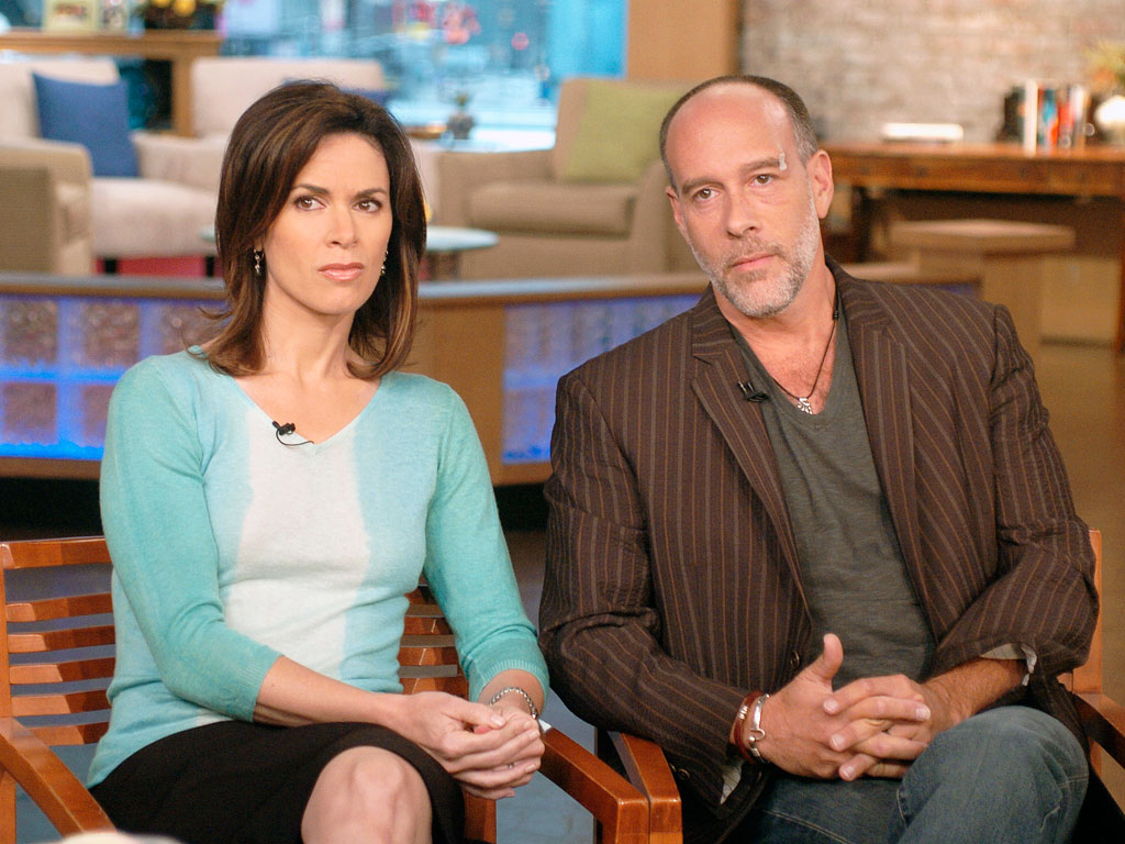 Elizabeth Vargas and Marc Cohn Divorcing as She Returns to Rehab, Source Says