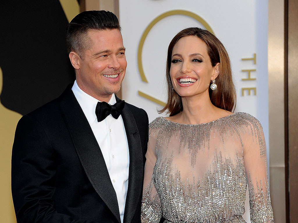 Angelina Jolie & Brad Pitt Married, Joan Rivers Hospitalized: Top Stories