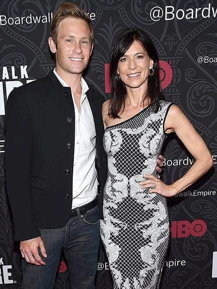 Perrey Reeves Engaged to Aaron Fox