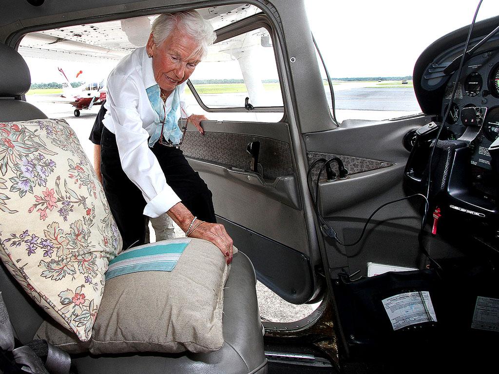 Woman Flies Plane for 90th Birthday