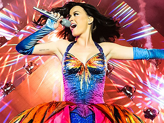 Confirmed: Katy Perry to Headline Super Bowl Halftime Show