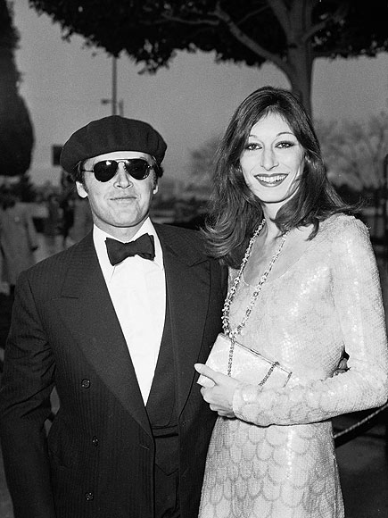 Anjelica Huston and jack nicholson daughter