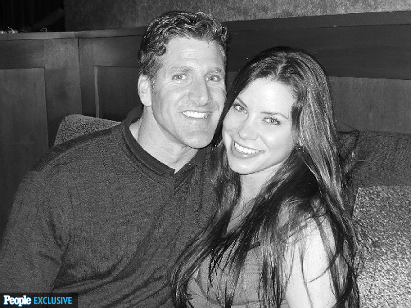 Brittany Maynard's Final Hours: Husband Dan Diaz Says She 'Knew It Was Time'
