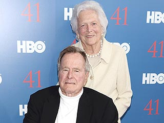 Watch What Happens When George H.W. and Barbara Bush End Up on a Kiss Cam