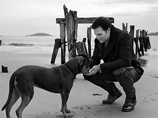 Tom Brady's New UGG Commercial Features His Dog ... Is It Rude to Stare?