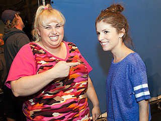 Behind the Scenes with Anna, Rebel and the Stars of Pitch Perfect 2
