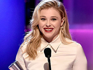 Chloë Grace Moretz: Spraining My Knee Won't Keep Me from Heels