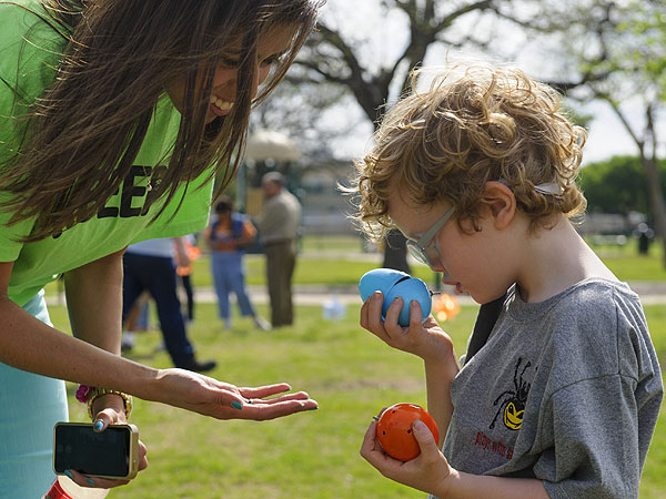An Easter Egg Hunt for Blind Children: See Photos of the Beeping Easter Egg Hunt