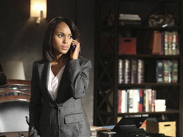How Scandal's Olivia Pope Would Handle Today's Celebrity News