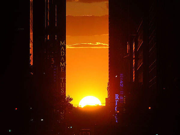 Manhattanhenge 2014 Starts Thursday, Here's How to See It