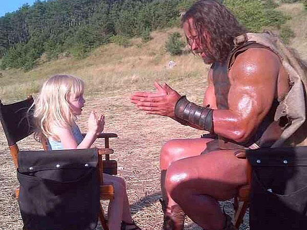 The Rock Plays Patty Cake: See Action Star's On-Set Snap
