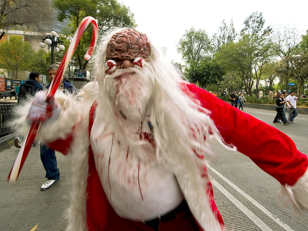 Drunken Zombie Santa Enters St. Paul Home After Zombie Crawl