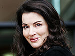 Watch Nigella Lawson's Voice Help Modern Family Cast Cook Thanksgiving