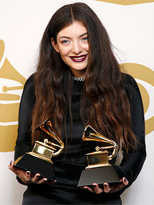 Oh My Lorde! Singer Collaborating with MAC on New Makeup Line