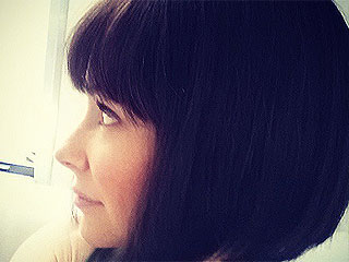 PHOTO: Evangeline Lilly Cuts a Chic Banged Bob for Her Upcoming Role in Ant-Man