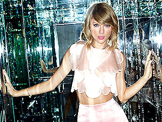 Taylor Swift: I Don't Dress for Guys, I Dress to Impress My BFFs!
