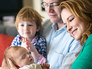 Sarah Drew on Daughter's Premature Birth: 'I Was in Total Denial That It Was Happening'