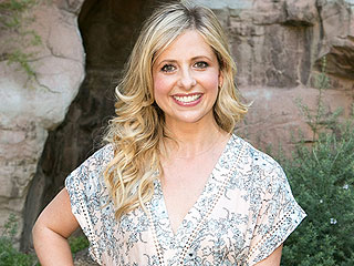Sarah Michelle Gellar: Freddie Prinze Jr. Has More 'Cred' with Kids, I 'Drive Carpool'