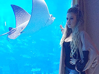 What It Costs to Stay in Khloé Kardashian's Luxe Underwater Hotel Suite