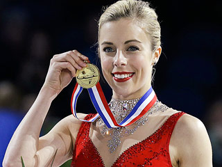 Ashley Wagner Makes History at Figure Skating Championship (VIDEO)