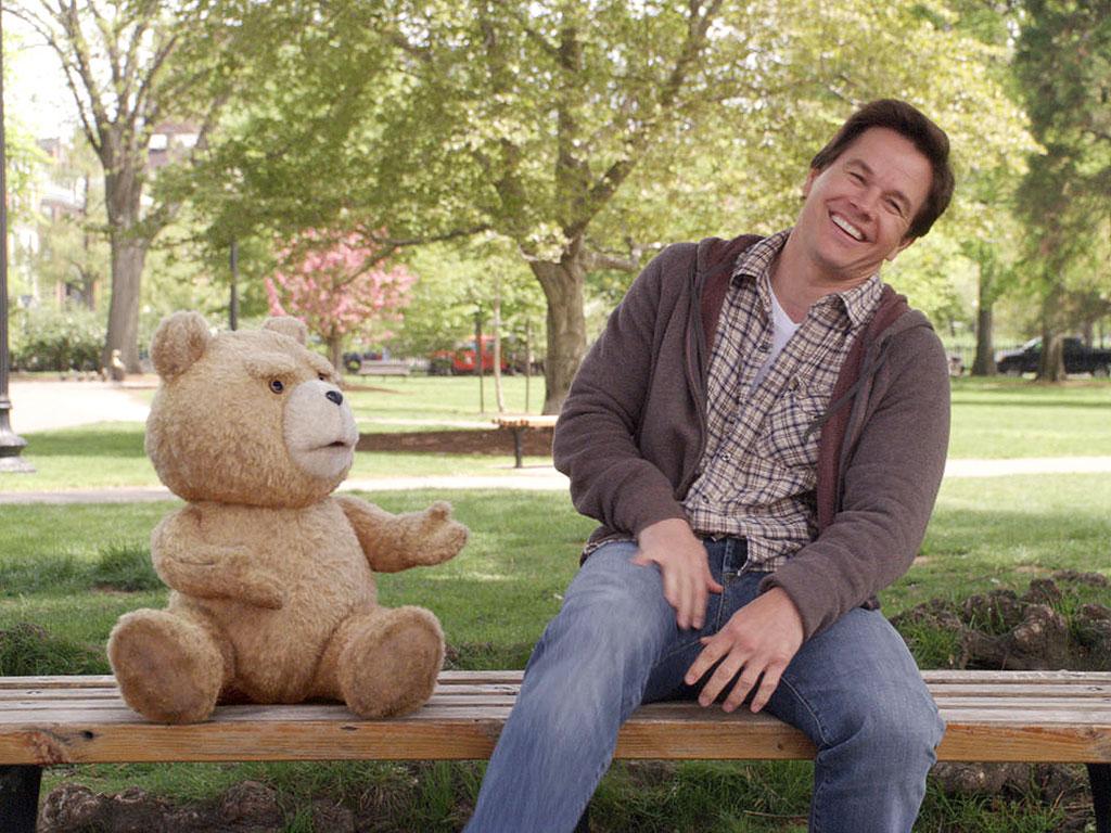 Mark Wahlberg & Seth MacFarlane Are the Guys Choice   2013 Guys Choice ...