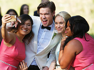 Inside the Surprise Double Wedding on Glee! (VIDEO)
