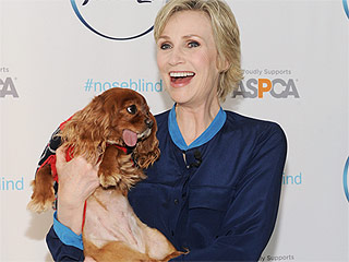 Jane Lynch on Saying Goodbye to Glee: 'I Don't Want to Face It'