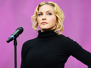 Madonna Blasted for Her Audience Etiquette