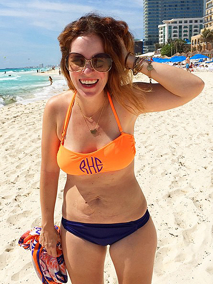 Mom of 3 (with Stretch Marks) Posts Inspirational Bikini Photo – and It Goes Viral