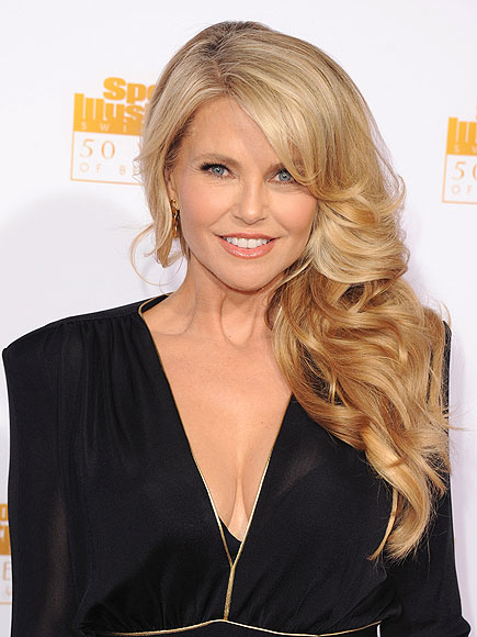 Christie Brinkley earned a  million dollar salary, leaving the net worth at 80 million in 2017