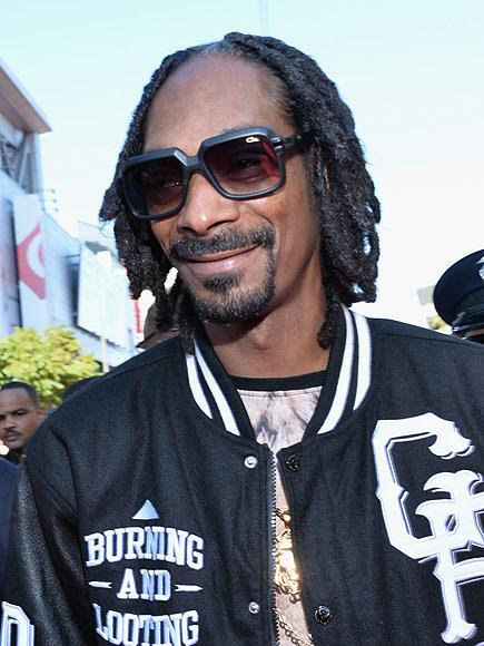 Snoop Dogg Posts Instagram Videos During Brief Drug Arrest in Sweden