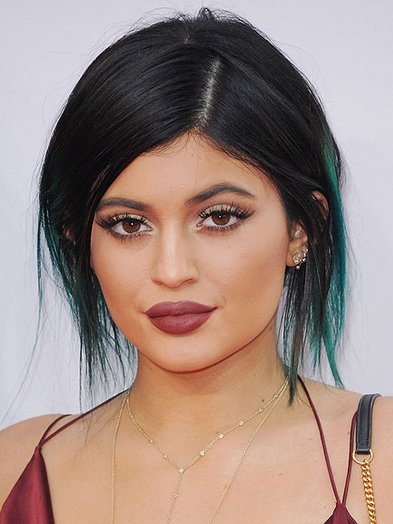 Kylie Jenner Snapchat: Fires Up Speculation She's High