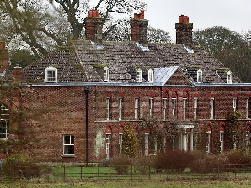 Where Prince William and Princess Kate Will Escape to When Their New Baby Is Born