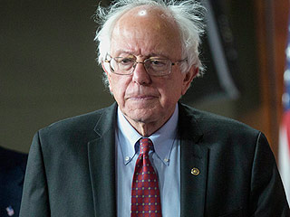 Bernie Sanders Booed by Democratic Delegates After Declaring 'We Must Elect Hillary Clinton'