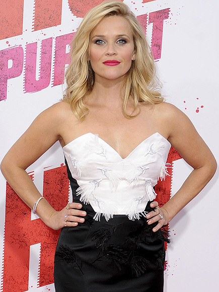 Reese Witherspoon Is a Cheerleader in Adorable Throwback Thursday Pic ...