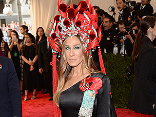 Yes, Sarah Jessica Parker's Met Gala Headdress Is Already a Meme