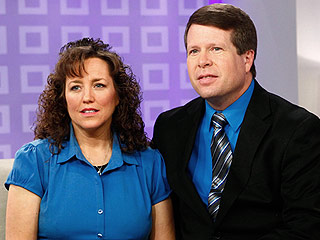 Experts Say Duggars Botched Their Handling of Molestation Incident