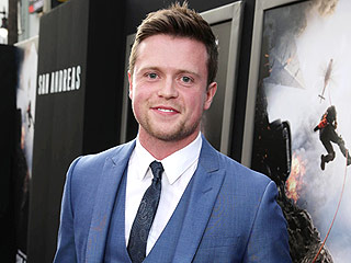 TMI! This San Andreas ' Star Shares How He Would React To An Earthquake