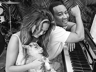 Is This the Hottest Photo of Chrissy Teigen & John Legend Ever?