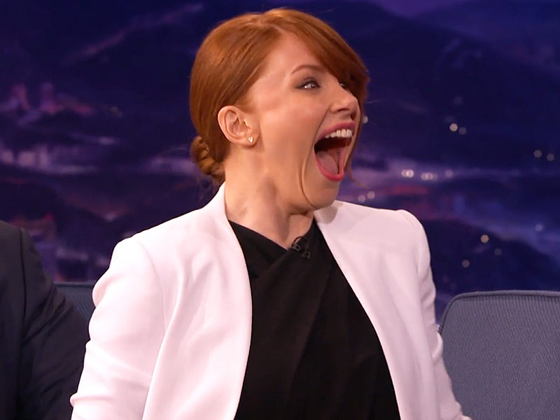 Jurassic World Bryce Dallas Howard Screams On Conan