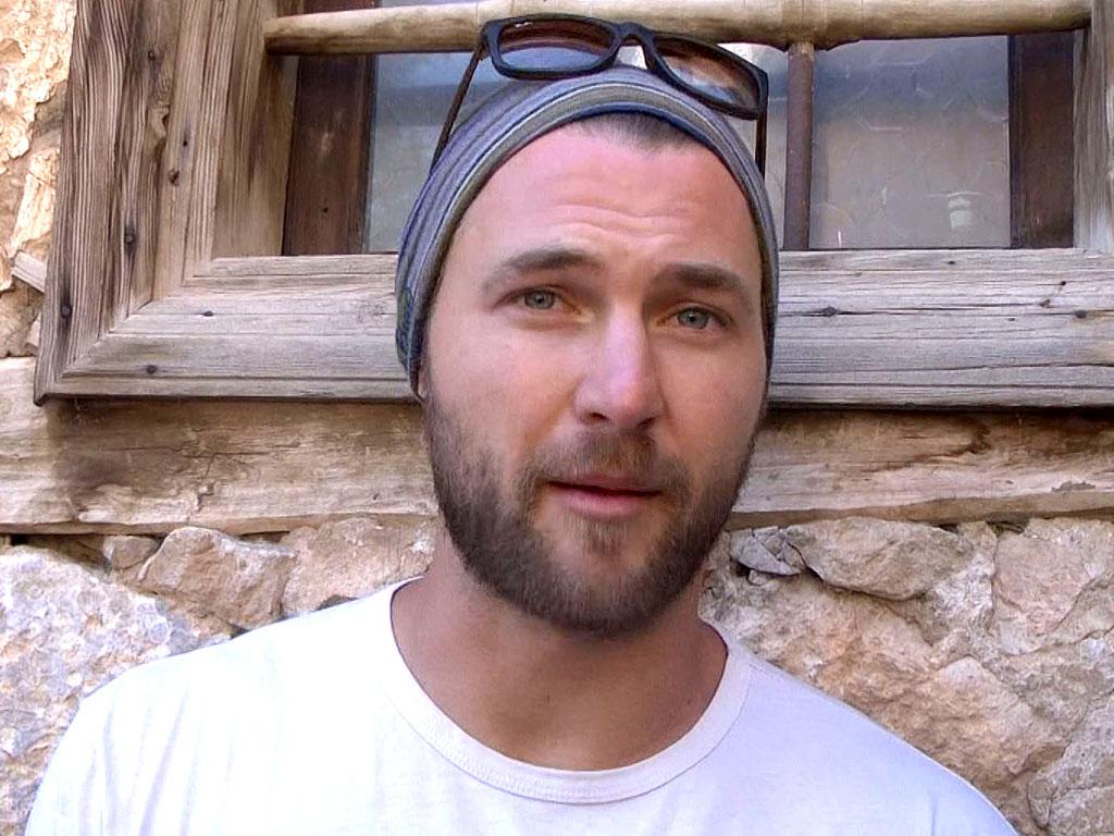 Ian Flanders, American BASE Jumper, Dies in Televised Jump in Turkey