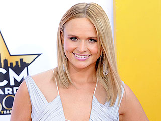 Miranda Lambert Kicks Up Her Heels, Jokes and Sings Songs About Heartbreak at Nashville Fundraiser